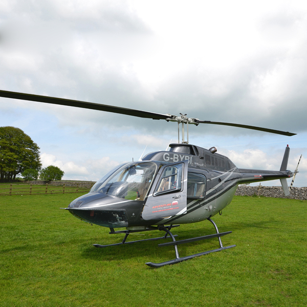 Helicopter Tour Over London For Two Experience Days  TheHut