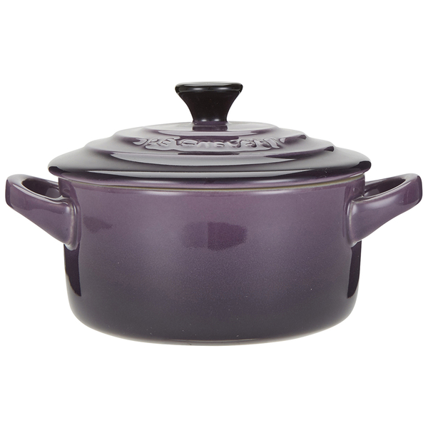 le creuset stoneware petite casserole dish cassis free uk delivery over 50. Black Bedroom Furniture Sets. Home Design Ideas