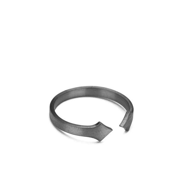 Line & Jo Women's Miss Raford Sterling Silver Arrow Ring - Grey