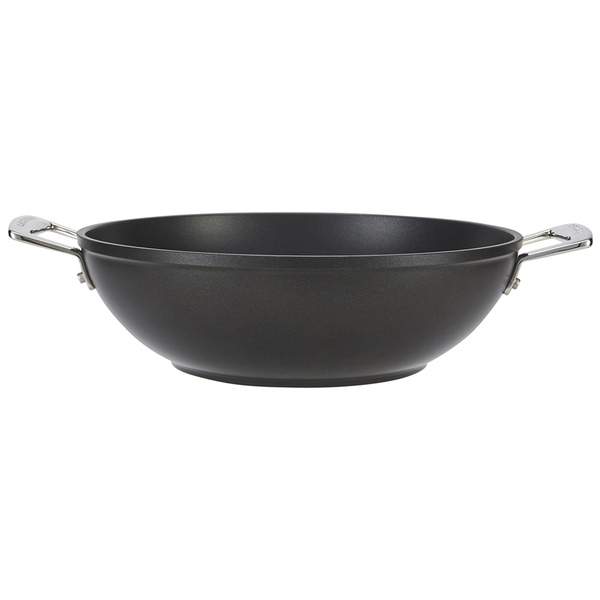 le creuset toughened non stick wok 28cm iwoot. Black Bedroom Furniture Sets. Home Design Ideas