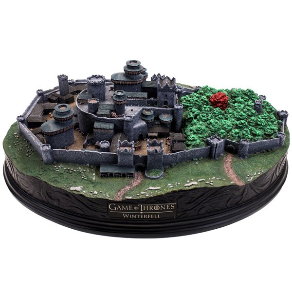 Factory entertainment game of thrones winterfell diorama for Cool game of thrones gifts