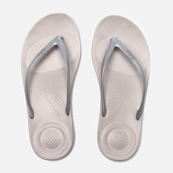 80bc85fc6be66d FitFlop Women s Iqushion Ergonomic Flip Flops - Glitter Silver  Image 1