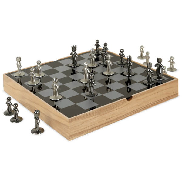 Umbra buddy chess set natural free uk delivery over 50 - Umbra chess set ...