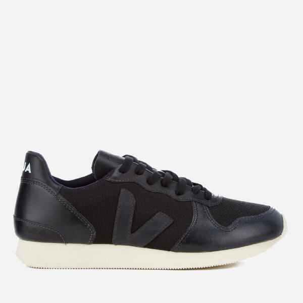 Veja Men's Holiday Runner Trainers - B-Mesh Black