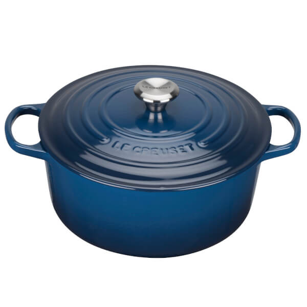 le creuset signature cast iron round casserole dish 24cm ink iwoot. Black Bedroom Furniture Sets. Home Design Ideas