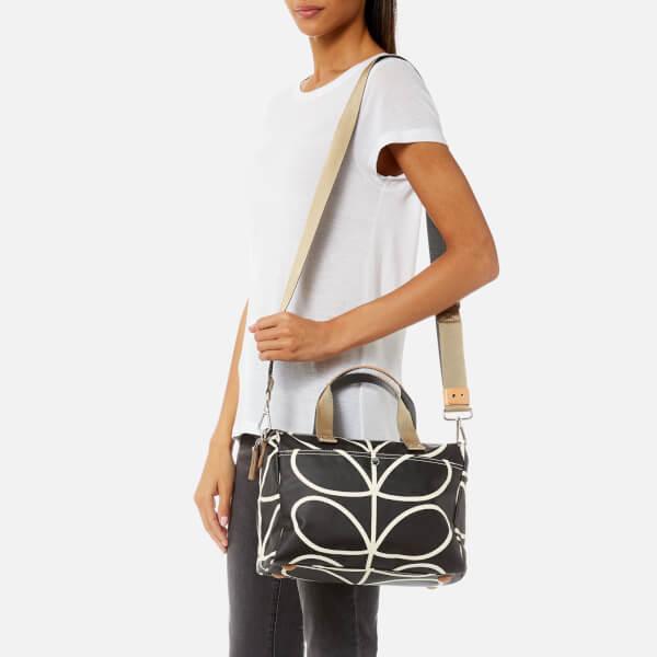 Orla Kiely Women s Giant Linear Stem Messenger Bag - Liquorice  Image 3 0a1338629c