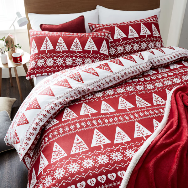 Catherine Lansfield Nordic Trees Duvet Set - Red