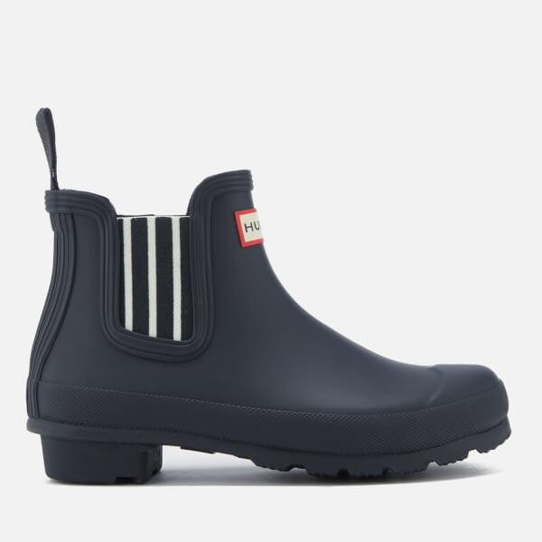 b1e82f98c Hunter Women's Original Garden Stripe Chelsea Boots - Navy | FREE UK ...