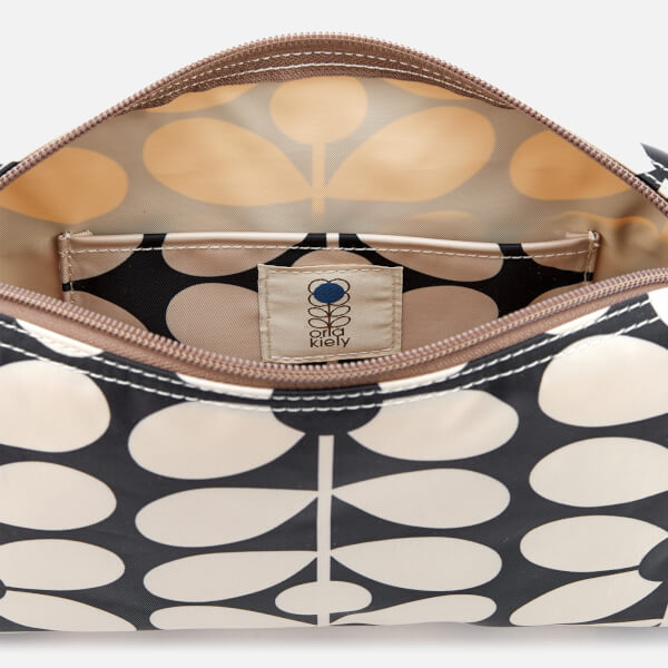 f5ba9accd3 Orla Kiely Women s Sixties Stem Nylon Small Cross Body Bag - Charcoal Blue   Image 5