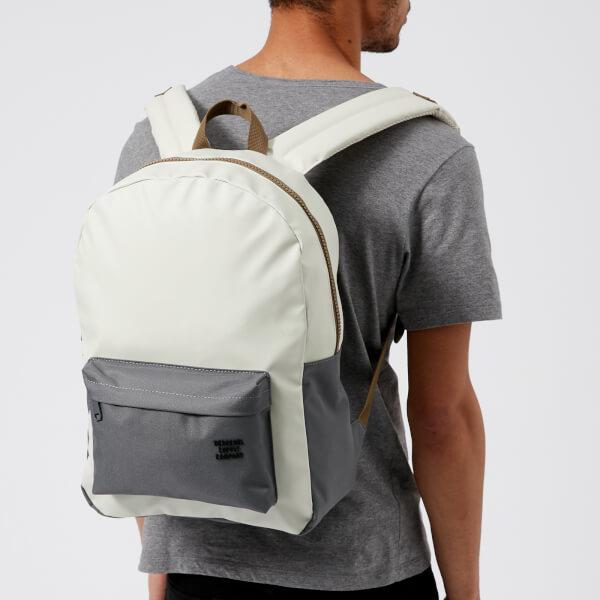 26f7297055b Herschel Supply Co. Men's Winlaw Backpack - Silver Birch/Quiet Shade/Cub: