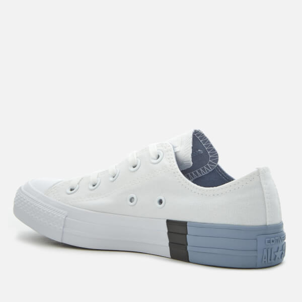 37aab00cb70d Converse Women s Chuck Taylor All Star Ox Trainers - White Glacier Grey   Image 2
