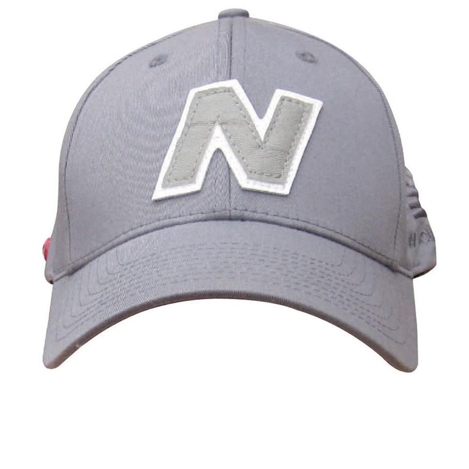7c208ef4d2cb9 New Balance Unisex Yankey 6 Panel Fitted Baseball Cap - Cotton Spandex  Light Grey White Clothing