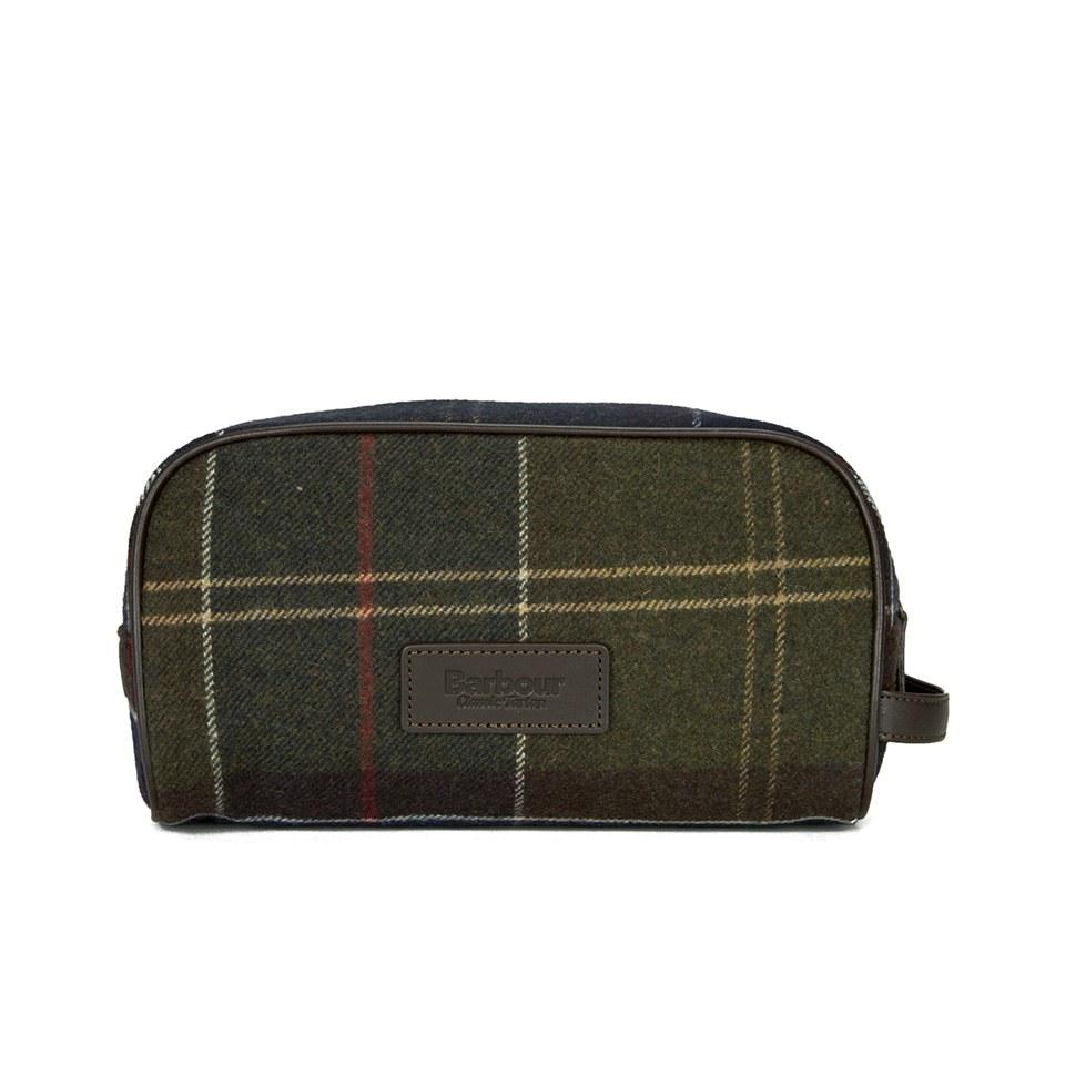 0ecc52da82 Barbour Men s Tartan Wash Bag - Classic Tartan