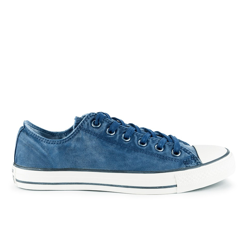 6166d753a139 ... Converse Men s Chuck Taylor All Star Washed Canvas OX Trainers -  Midnight