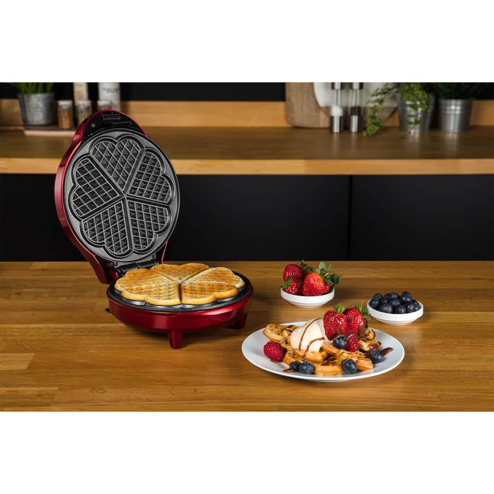 Gourmet Gadgetry Retro Diner Waffle Maker Homeware Zavvi