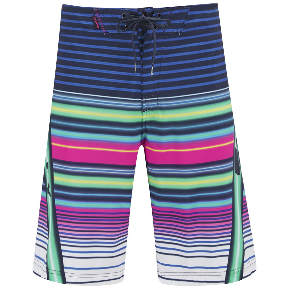 43592f0317 Oakley Swimming Shorts « One More Soul