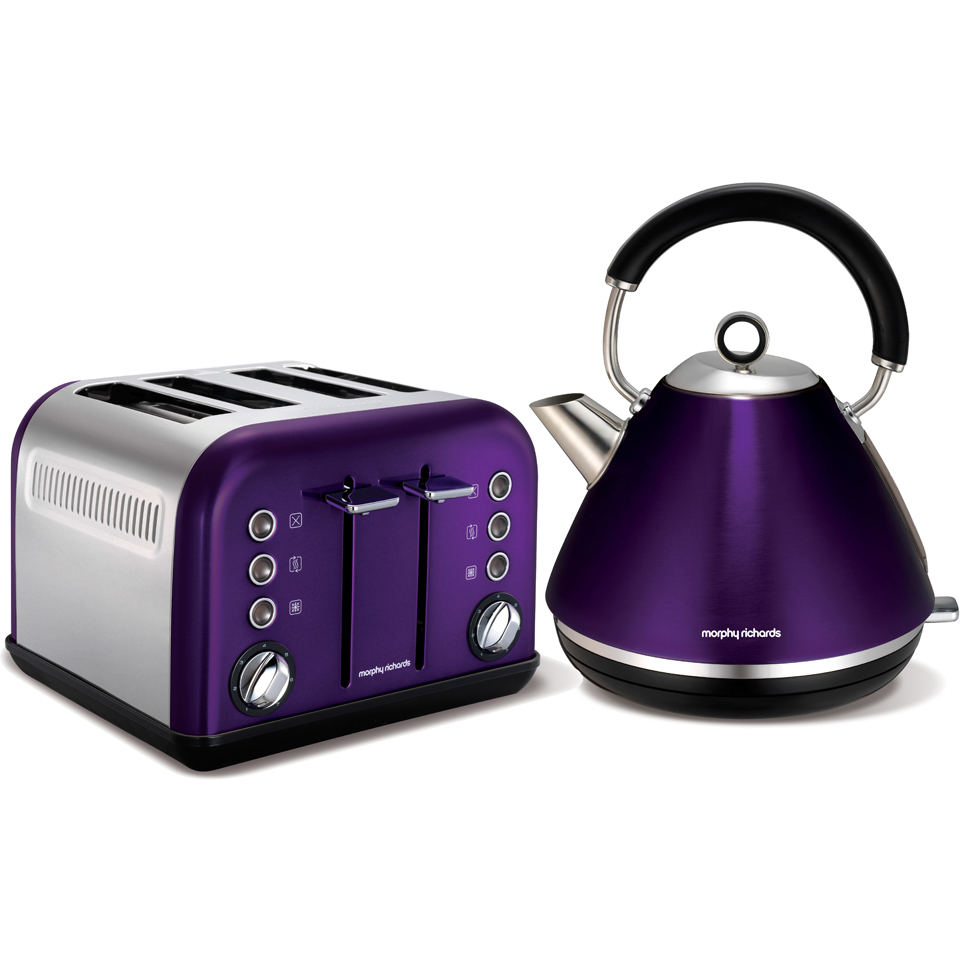 Morphy Richards accents kettle in plum
