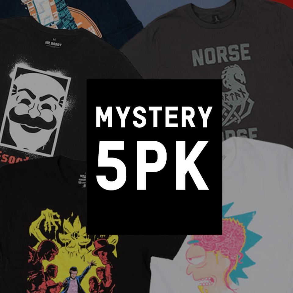 Pack de 5 Camisetas + Regalo Misterioso