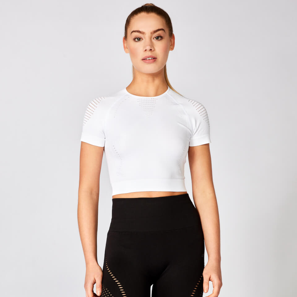 Shape Seamless Short-Sleeve Crop Top - White