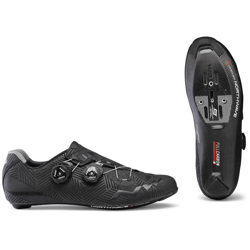 Northwave Extreme Pro - Road Bike Shoes   Shoes and overlays