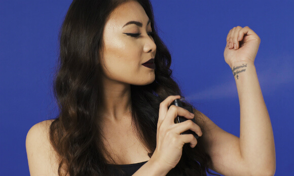 #HQBeautyHacks How To Make Perfume Last Longer