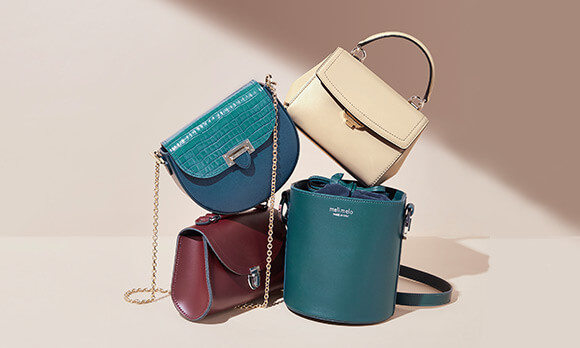 THIS SEASON'S LATEST BAG COLOUR TRENDS