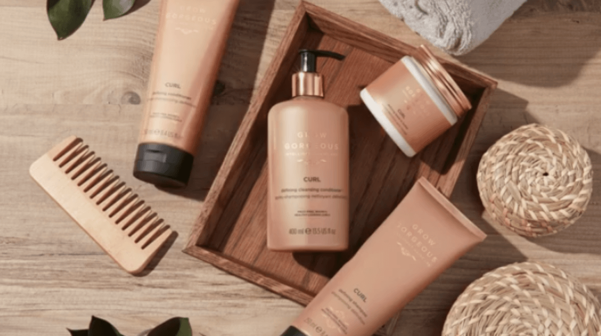 Quels sont les avantages d'un double lavage des cheveux ? - Grow Gorgeous