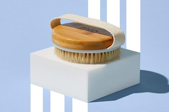 The Mio Body Brush