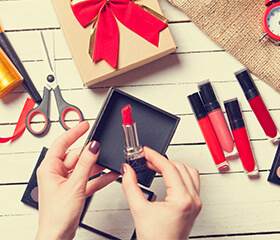 The Ultimate Guide To Makeup Gift Sets This Holiday