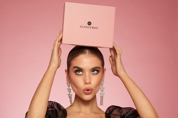 GIVE THE GIFT OF GLOSSYBOX