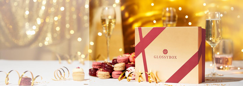 VUODEN KIMALTAVIN aika on vihdoin täällä!✨Juhlimme tätä kuukauden boksilla Merry Metallics, jonka avulla loihdit upean juhlalookin kaikkiin kauden tilaisuuksiin. Boksin arvo oli 60 €!