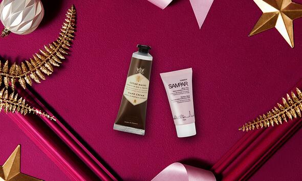 https://www.glossybox.fr/beauty-blog/2019/11/26/christmas-limited-edition-decouvrez-sampar-paris-et-panier-des-sens/