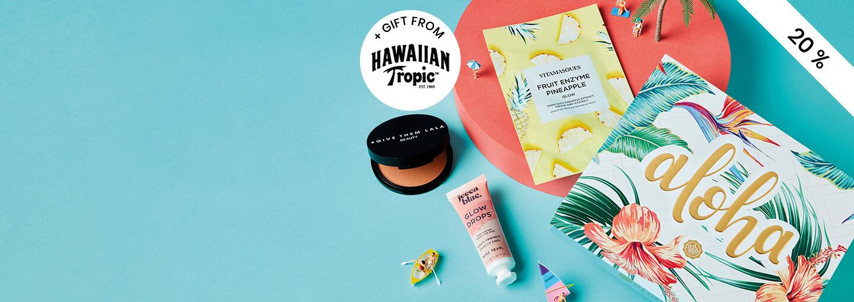 GLOSSYBOX Juli Aloha Edition - Bli prenumerant idag och få en extra skönhetsgåva från Hawaiian Tropic och rabatt på din första box! Uppge kod: ALOHAGIFT när du startar ny, löpande prenumeration.