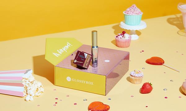GLOSSYBOX x Benefit Limited Edition är här!