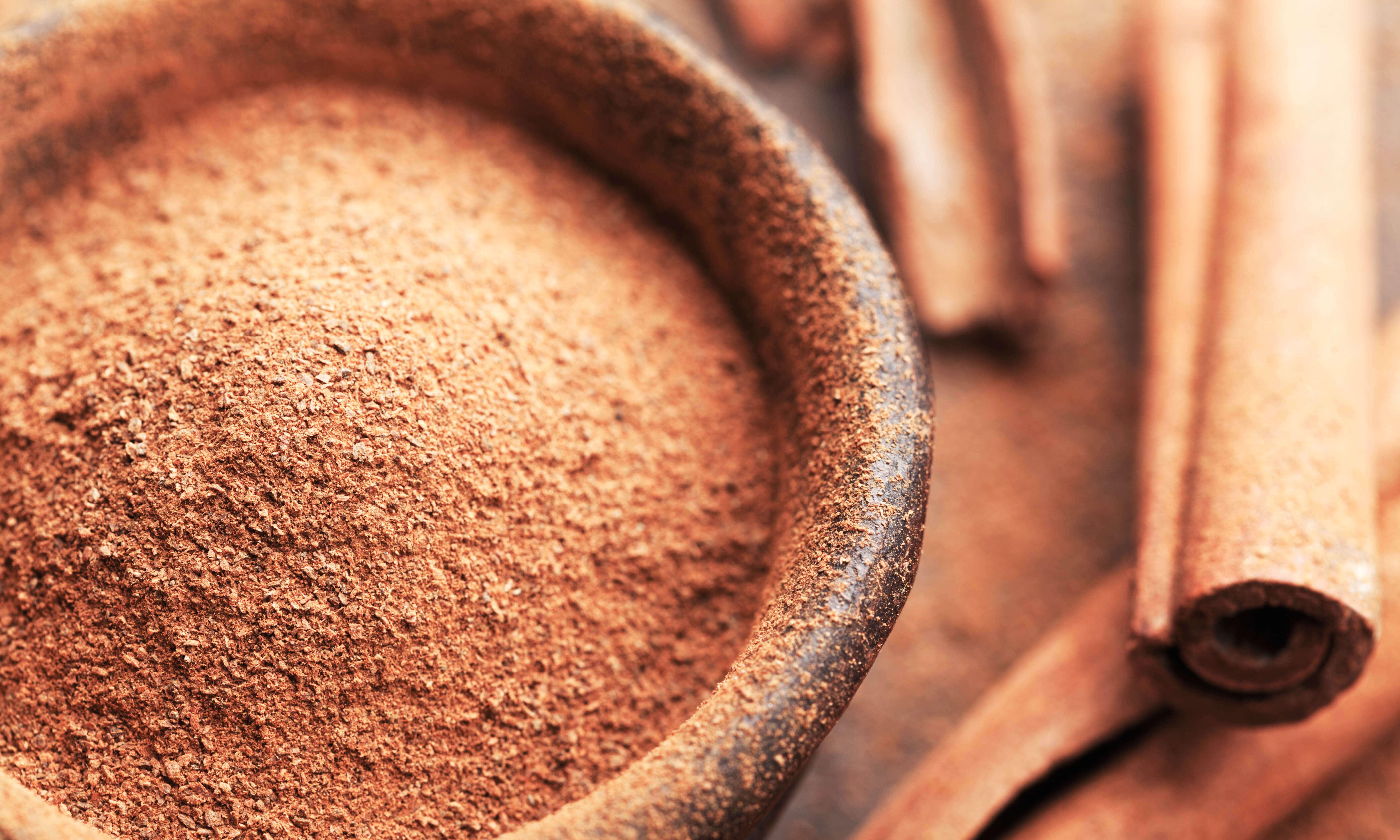 Cinnamon Oil Uses & Benefits