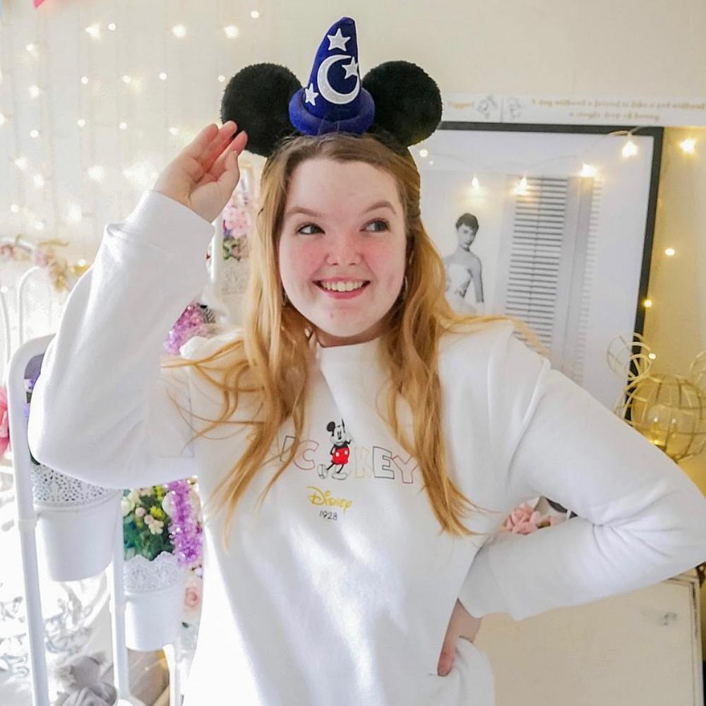 Disney Mickey Wording Sweatshirt