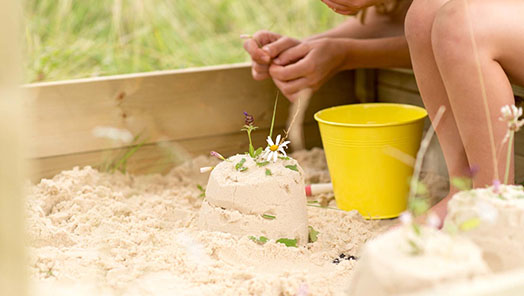 Sandpits & Play Tables