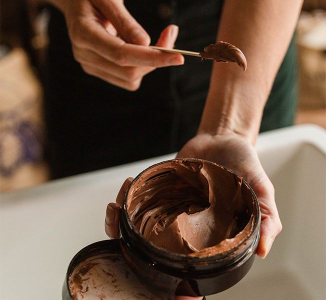 Cacao seed butter, the hero ingredient. It delivers vitamins, fatty acids, hydration.