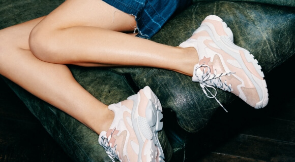 TRENDING: CHUNKY TRAINERS