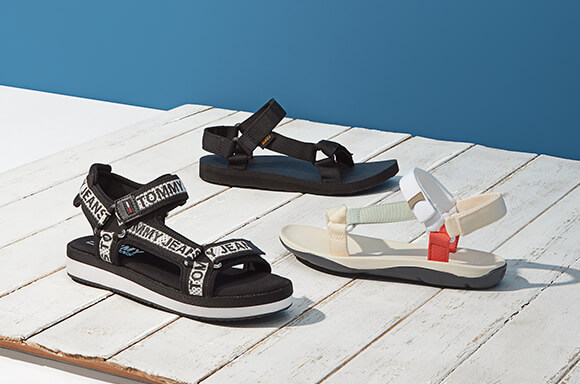 THE ALL DAY SANDAL