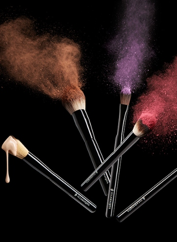 Just landed: Illamasqua Professional Brushes