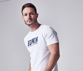 25% off Men's T-Shirts