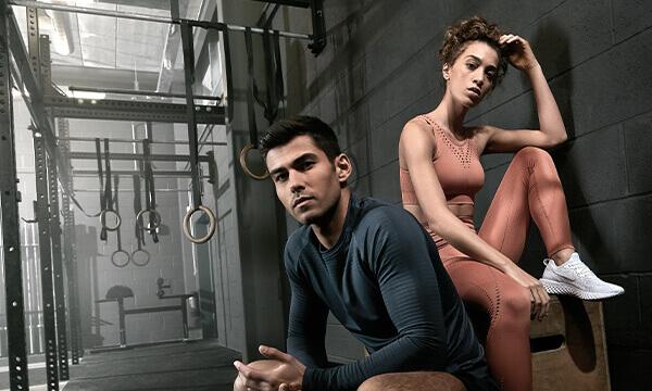 男女运动服套装