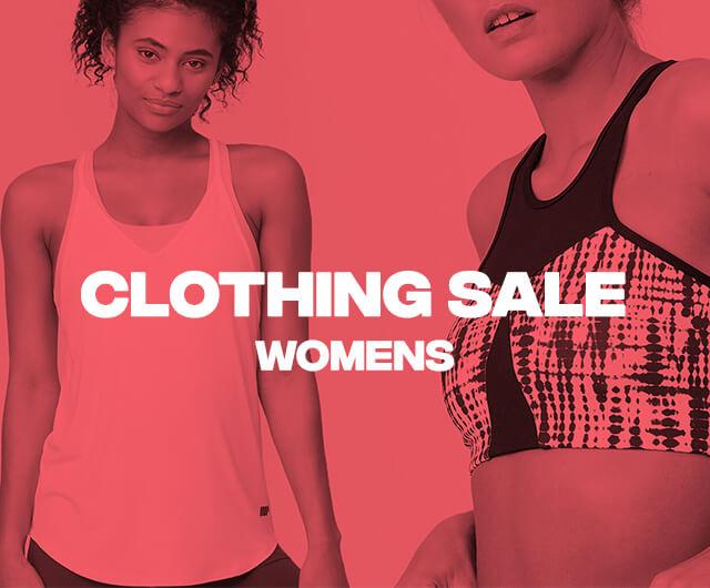 <b>เสื้อผ้าผู้หญิง ลดราคา</b>