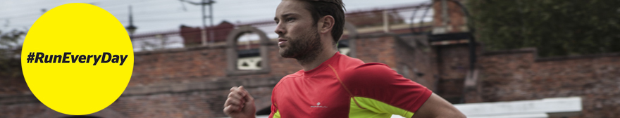 runner wearing ronhill clothing