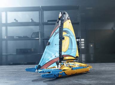 <b>乐高</b> TECHNIC <b>科技系列<br>竞赛帆船</b> (42074)