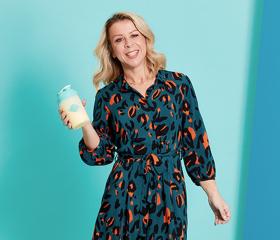 Lynette holding a shake
