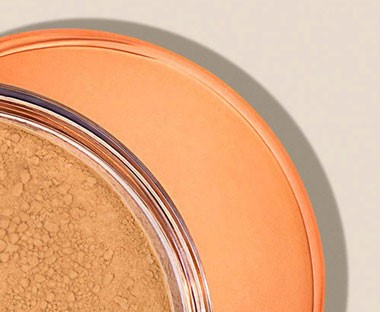 PURE CRUSHED MINERAL FOUNDATION