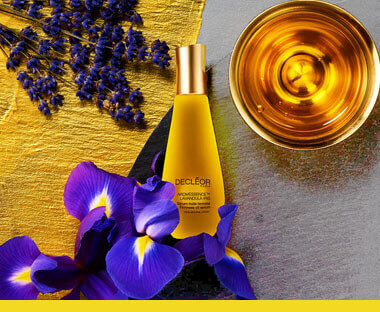 Aroma Lisse, helps protect and correct the appearance of fine lines.