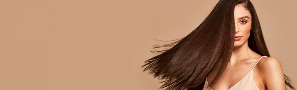 Plej og style dit hår med velkendte favoritter og nye kultmærker